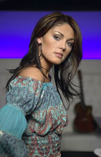 Maribel Pérez was born on January 29, 1976 in Neerpelt, Belgium and is best known by her stage name Belle Perez. She is a Belgian musician and songwriter.